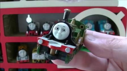 托马斯木质大汽车内装托马斯玩具