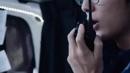 贴身萌妹腹黑计划 红裙辣妹卖弄性感 趁机偷智能系统 CUT 1 竖版