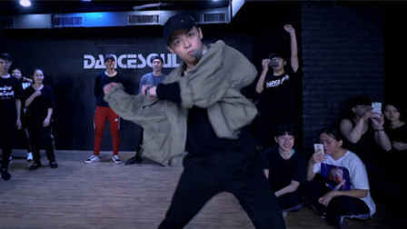 01:31 【UrbanDance.Cn】徐少麟 编舞《Winter Blues》Urban Dance Choreography