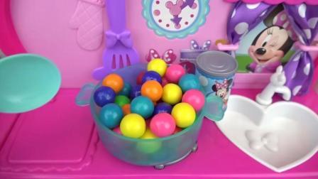 小萝莉的烤箱玩具,做出好多美食!