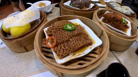 广州不愧是吃货的天堂, 这一桌子美食, 足足花费了一个下午的时间