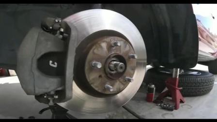 看到这位师傅怎么修理汽车的, 简直是糟蹋汽车维修这个行业了
