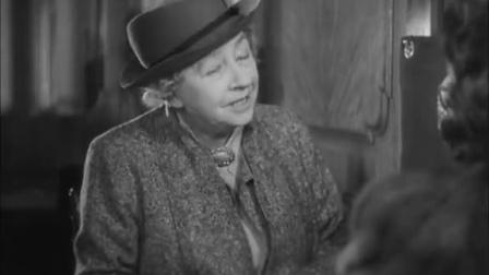 《失踪的女人》老妇人带爱丽丝来到新的座位上 两人互相介绍认识