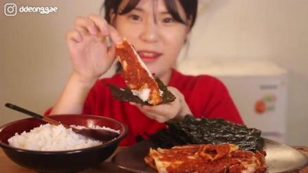 韩国大胃王豪放派, 吃紫菜, 辣白菜, 配上一大碗米饭, 吃的太香了