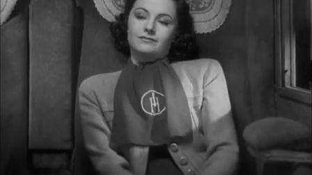 《失踪的女人》爱丽丝和老妇人佛洛伊都恍恍惚惚地睡着了