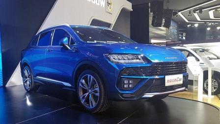 """""""国产兰博基尼""""正式亮相! 北汽推出高端SUV幻速C60"""