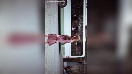 美拍视频: 街拍了解一下#才艺#