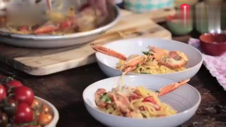 国外大厨教你, 如何做正宗的鲜虾意大利面, 一看就会很简单