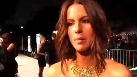 Kate Beckinsale(凯特·贝金赛尔)Whiteout首映采访
