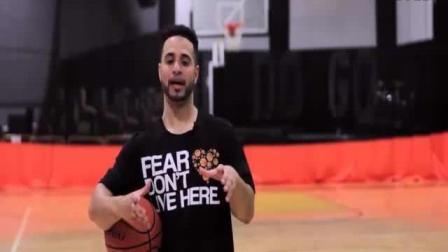 如何更好的在篮球过渡! (运球钻) 篮球入门必练基本功常识