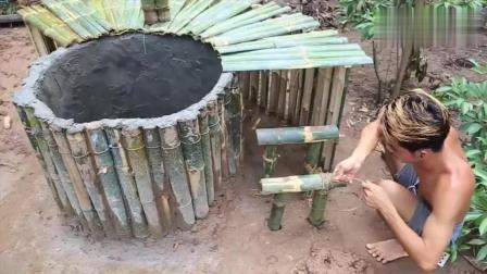 野外求生, 生存哥用竹筒制作原始浴缸, 夏天来啦, 钻在里面太爽了