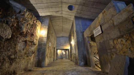 1973年包拯墓被挖开, 专家进入墓室后, 里面的情景令人很意外!