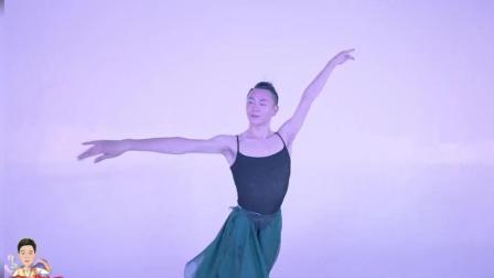 孙科古典舞《临安初雨》, 力与美的结合, 看完让我怀疑性别