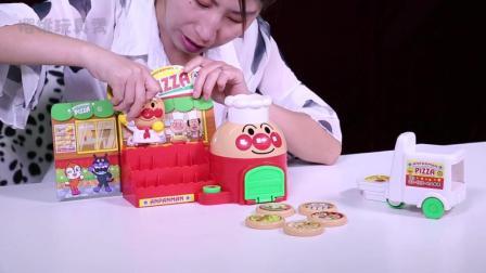 樱桃玩具秀: 面包超人披萨店玩具分享