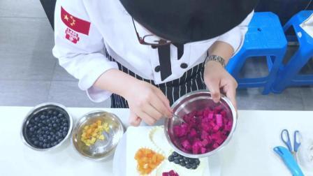 上海面包蛋糕培训 学西点学蛋糕 上海西点培训 飞航美食学校