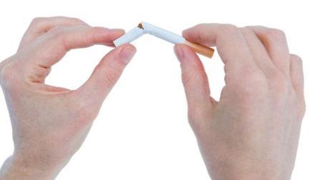 戒烟有妙招, 往烟上滴几滴它从此不再想抽烟, 为了你的ta来看下吧