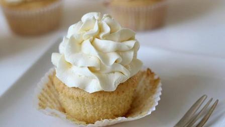 如何制作完美的快手奶油霜topping