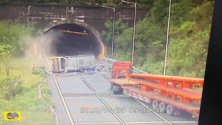 隧道口这起大巴车祸, 让我心碎了一地