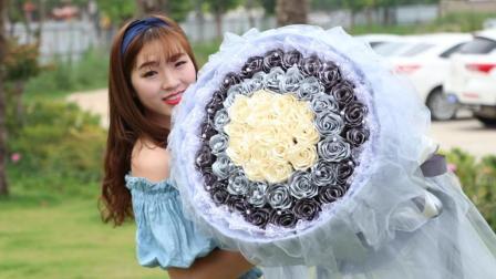 沫沫妈编织 纯手工DIY丝带52朵玫瑰花插花和包装方法