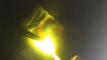跟我学电焊:镍合金飘把盖面,锯齿运条手法
