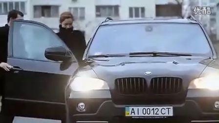 宝马X5广告改变自己