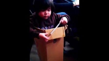 我們是玩紙箱長大的已經玩四代了