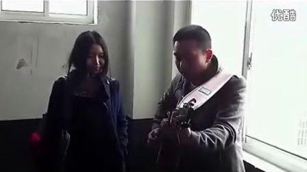 最强神曲 美女老师翻唱《TikTok》遭遇最炫民族风【搞笑视频】