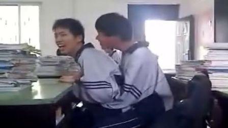 兩個男的搞雞hh