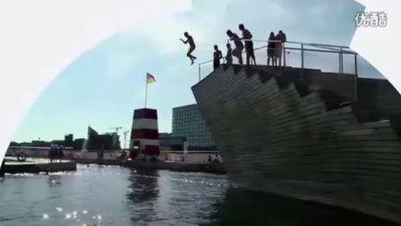「哥本哈根」把海港变蓝 The Harbour Turns Blue (中文)