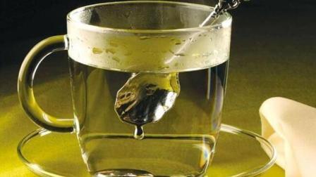 硫酸到底有多可怕? 将勺子放进去1秒就消失!