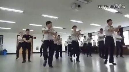 |巡音K-pop|、江南style 警察恶搞版--韩国警察逆天了