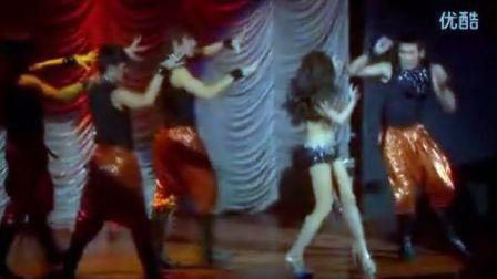 真实的泰国人妖日常生活与表演