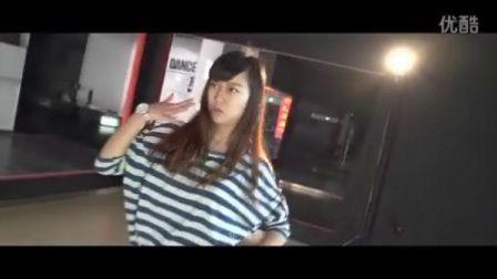 爱·舞(预告片第一版 我的歌声里)
