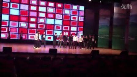 2012呼伦贝尔学院双节棍社团俄语系演出