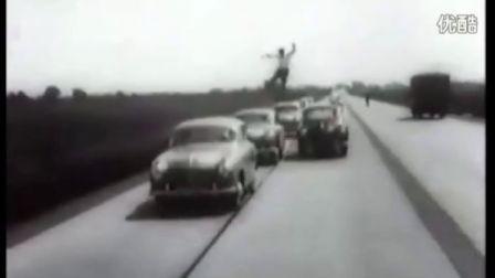 世界上最早的跑酷视频来自1930年 元芳,您怎么看?