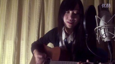 大二女生吉他弹唱《Diamonds》