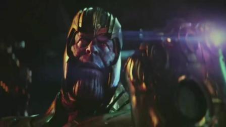 《复仇者联盟3》无限战争.雷神成为灭霸败将 连浩克都都两下子KO了