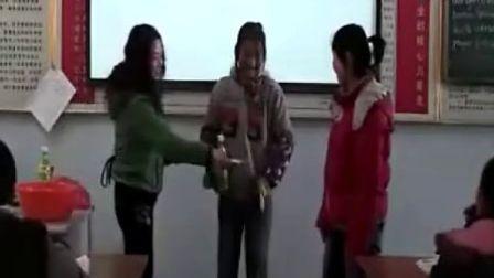 八年級英語《unit 11 could you please clean your roo