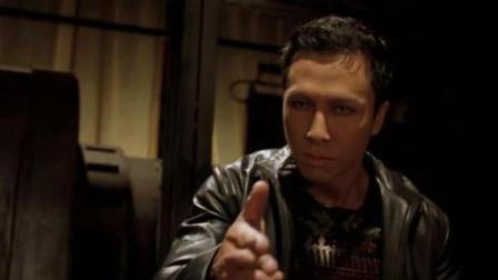 小马哥丨几分钟速看甄子丹指导的吸血鬼电影《刀锋战士2》吸血鬼大战变异吸血鬼