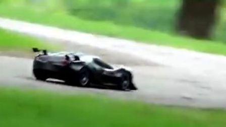Traxxas XO-1 超级遥控车玩家视频