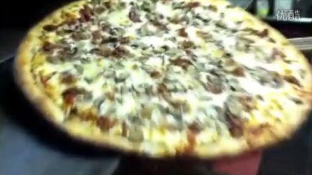 培根蘑菇白披萨