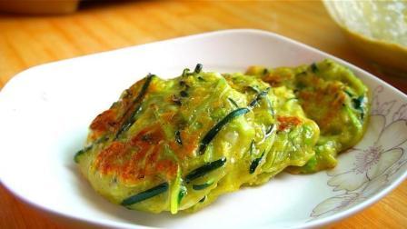 一块南瓜, 两个鸡蛋, 试试这样做早餐饼, 营养又美味, 做法超简单