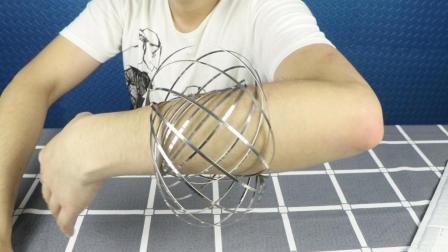 试玩魔术流体手环, 在手臂上翻滚的减压神器, 太好玩了