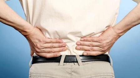 中老年人腰疼别害怕, 每天揉1分钟这个穴位, 半月见效不疼痛