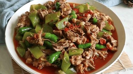教你做美味的仔姜鲜锅鸭, 还没出锅就闻到香味了, 一盘都不够吃