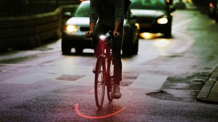 """厉害了! 专为自行车设计的""""保护罩"""", 保护夜晚行车安全!"""