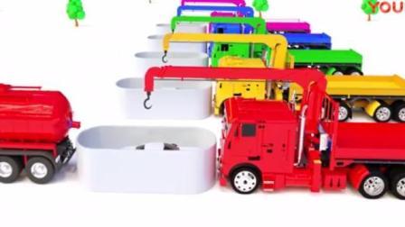 玩具总动员: 收割机收集足球变颜色, 水泥搅拌车用彩球帮小汽车染颜色