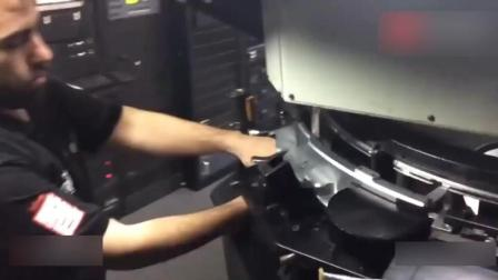 揭秘IMAX影院放映过程, 电影胶片超大盆, 在机器里绕了N个圈