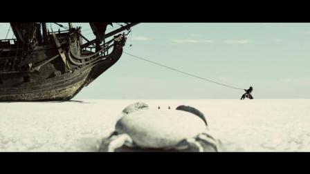 我就想知道, 这个船怎么跑到岸上的