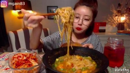 韩国吃播 Dorothy欧尼吃 虾仁汤面 韩国吃播Dorothy欧尼吃 虾仁汤面